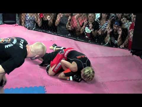 BBQ Beatdown 57 Sunna Davidsdotir Iceland vs Helen Harper England