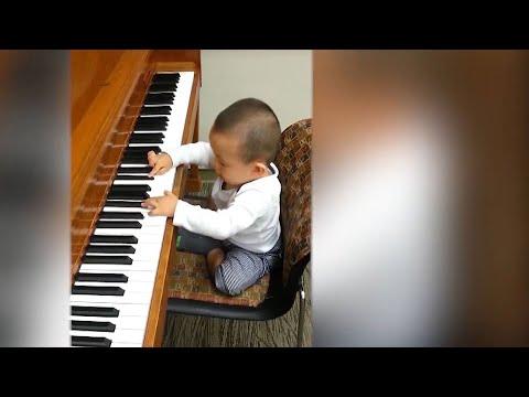 Child piano prodigy plays Carnegie Hall