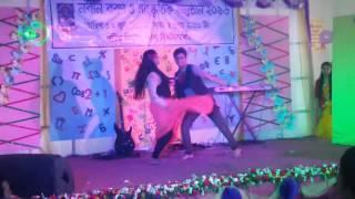Performance by Rifat and Prapty  নবীন বরন ২০১৬| dept of mathematics |University  of dhaka|