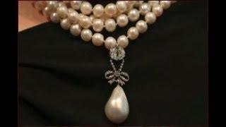 بيع عُقد ماري أنطوانيت بـ 36 مليون دولار ... شاهد تعليق عمرو اديب