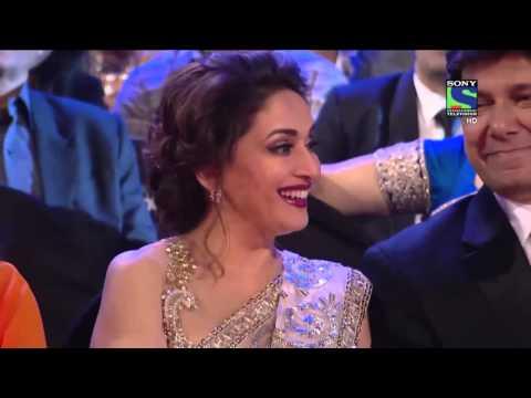 Salman trolls Madhuri and an uncle at 61st Filmfare.Hilarious