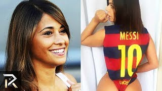 20 BEST LOOKING Wives and Girlfriends of Famous Soccer Players