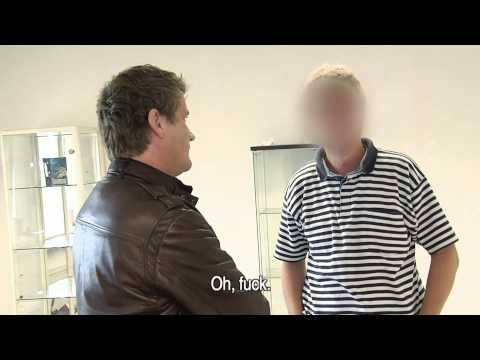 Alberto confronteert Erik L.   Undercover in Nederland