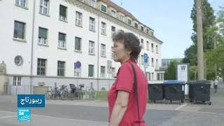 أمهات يبحثن عن أبنائهن الذين انتزعوا منهن في ألمانيا الشرقية