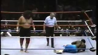 Sika vs. Koko B. Ware