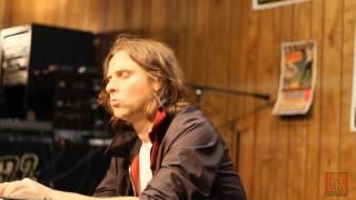 102.9 The Buzz Acoustic Session: Phoenix - Entertainment