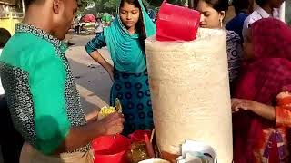 Bengali Street food* Jhal Muri* Masala Muri* Street food Dhaka Mirpur in Bangladesh * Famous Snack.