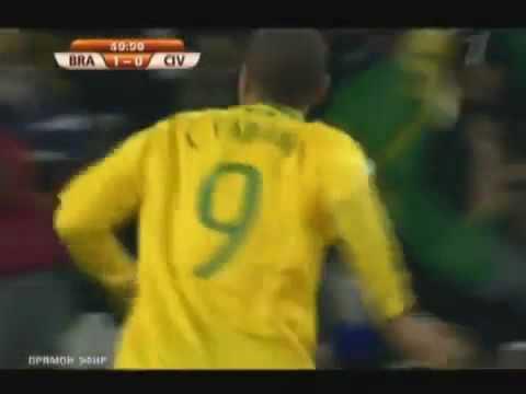 o gol irregular de Luís Fabiano - Brasil 3X1 Costa Marfim - COPA 2010