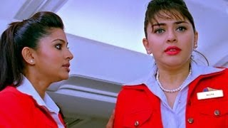 Udhayanidhi wins Hansika's heart - Oru Kal Oru Kannadi