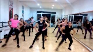 Marjani - Billu SHAH RUKH & KAREENA coreografia RUBEN SENDEL