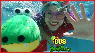 Outdoor Pool Toy Hunt and Race Swimming Gus vs. Rainbow