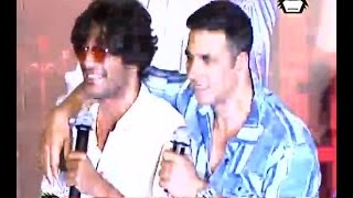 SHOCKING: Akshay Kumar insults Actor Chunky Pandey publically