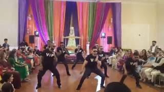 VIP BOYS - Best Mehndi Dance 2016 (Kala Chashma, One Dance, 440 Volt, Malhari and more)