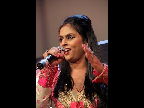 Hum Tum Yug Yug : LaxmikantPyarelal Nite Conducted by Pyarelalji sung by Sarrika Singh & Mukhtar