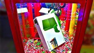 XBox One In A Claw Machine!!