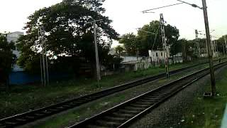TPJ-MS Cholan Express parallel run with Beach bound EMU
