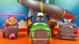 Paw Patrol Racers - Rocky Chase Zuma Marshall Sky Racing fun by DisneyToysReview