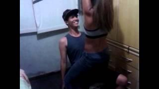 Lap dance com o meu melhor amigo deu errado