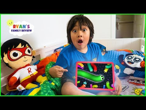 What s on my iPad with Ryan Slither.io Pac Man Tag with Ryan Kids Games