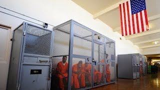 US Govt Quietly Backing Out of Eliminating Private Prisons