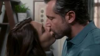 Damian y Carolina - Besame (2).