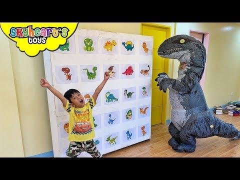 Dinosaur GIANT SMASH BOX Skyheart opens surprise toy dinosaurs for kids blue
