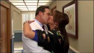 Victoria Ruffo & Cesar Evora • Duele Verte