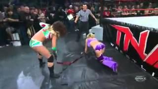 Velvet Sky Vs Sarita Strap Match