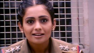 Meera Vasudevan turns into a model | Jerry