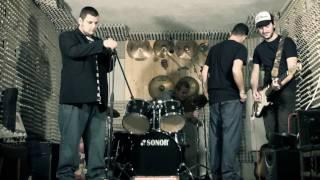 UGS - Garázs klip (low budget)