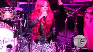 K. Michelle Goes Off On Stage