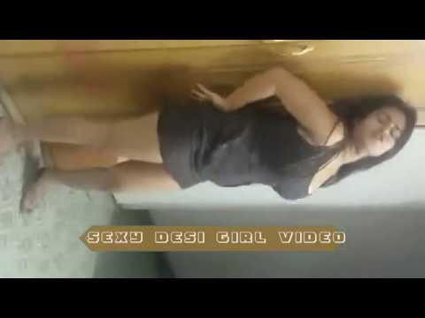Hot Desi Girl Dance