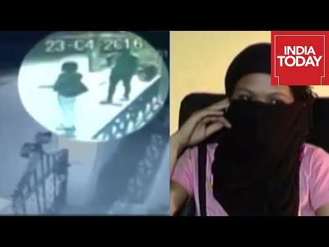 Girl Abducted In Bangalore Streets Caught On Camera
