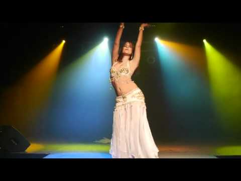 Alia Vintage Style Belly Dance