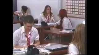 Rebelde Capitulo 171 - Pilar insulta a su mama en la clase de inglés