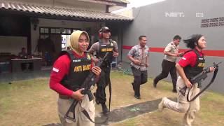 Aksi Keren Tim Bandit Polwan Latihan Menembak - 86