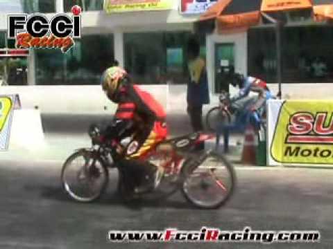 ทีมแข่ง FcciRacing ในรายการ MAX SPEED DRAGBIKE 2009