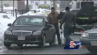 Man found shot in face in car dies