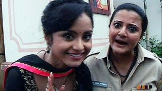 Shastri Sisters | Smita Thakre Aka Guggal Pandey Funny Jokes | Behind The Scene