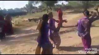 Girls dancing on rada rada song best funny video