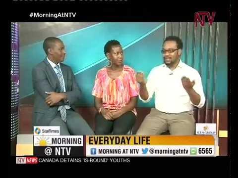 Everyday Life: Good looks or money?