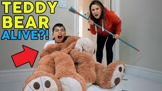 TEDDY BEAR ALIVE PRANK ON MY MOM **SO FUNNY** | The Royalty Family