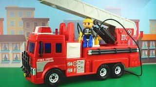 رسوم متحركة حول سيارة إطفاء. رسوم متحركة تعليمية للأطفال حول رجال الإطفاء