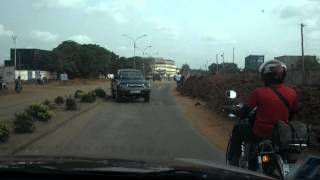 2015.02.13-Lome (Togo): road to airport and presidential elections debate on the radio