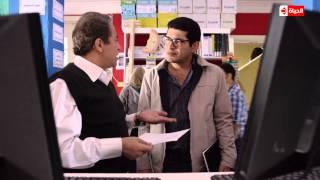 """شاهد كيف يتعامل """" باسم سمرة """" مع أخيه الكبير فى مسلسل """"بين السرايات """" الحلقة الـثالثة"""