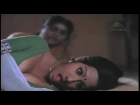 Sri devi hot cleavage boobs
