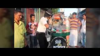 Michael Jackson In Bangladesh : Guy selling