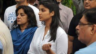 Parineeti Chopra @ Priyanka Chopra's Father's Funeral !