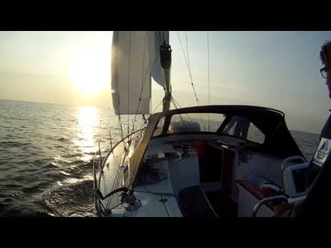 Bavaria 40 Cruiser sailing