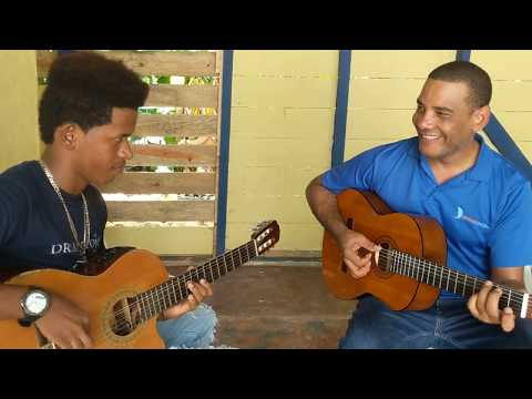 Bachata Academy guitar improvisation class with Martires de Leon